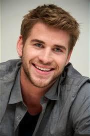 Liam hemsworth smile hunger games